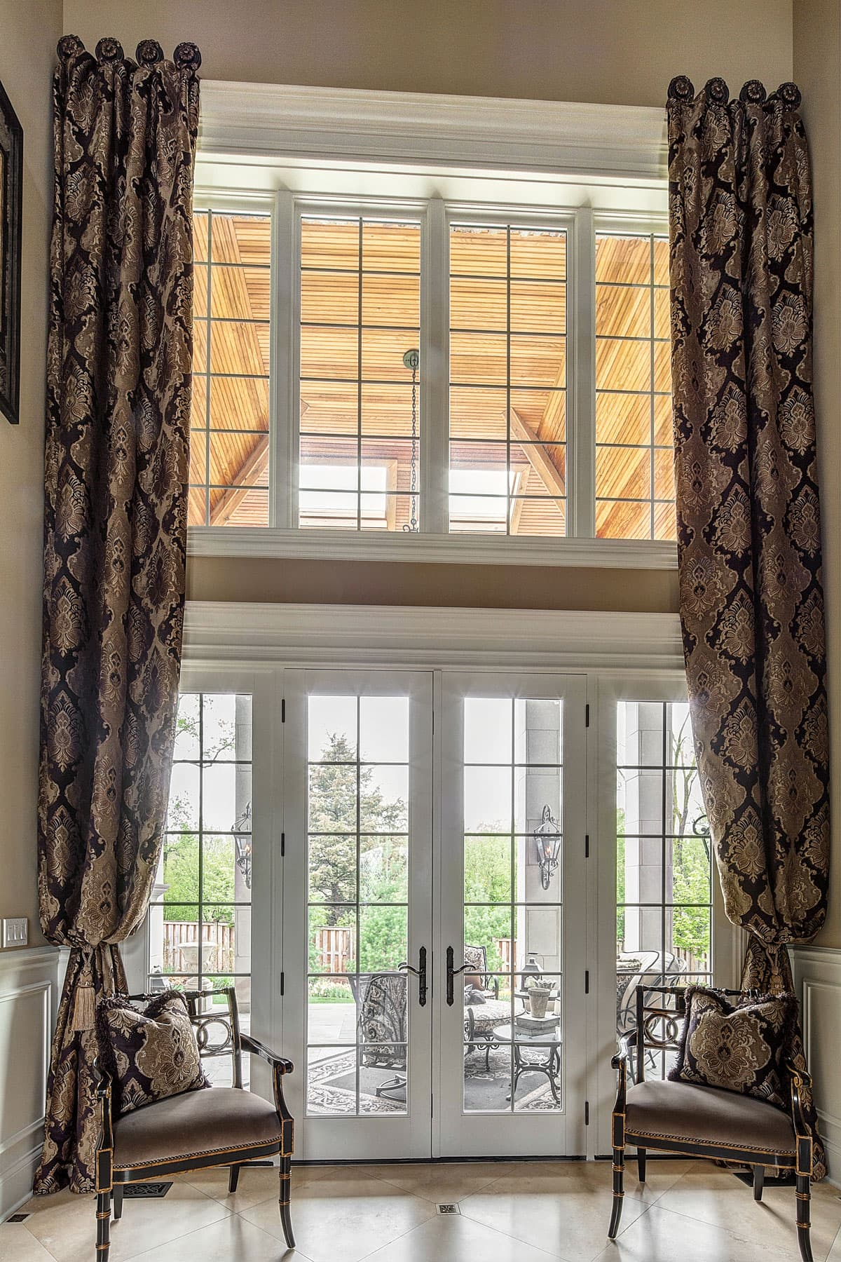 Blinds For Large Foyer Window : Window treatment designs pirouettes allure