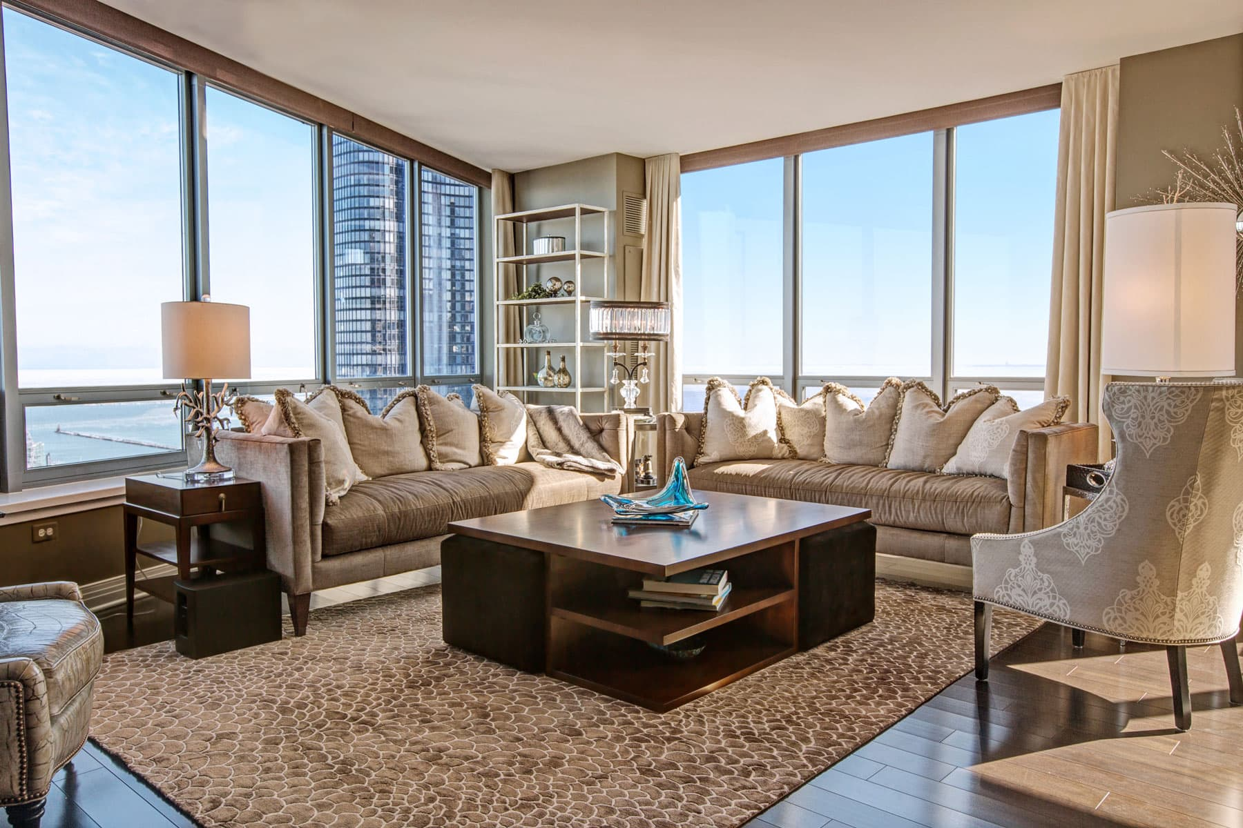 Luxury chicago condo interior design luxury interior for Interior design chicago