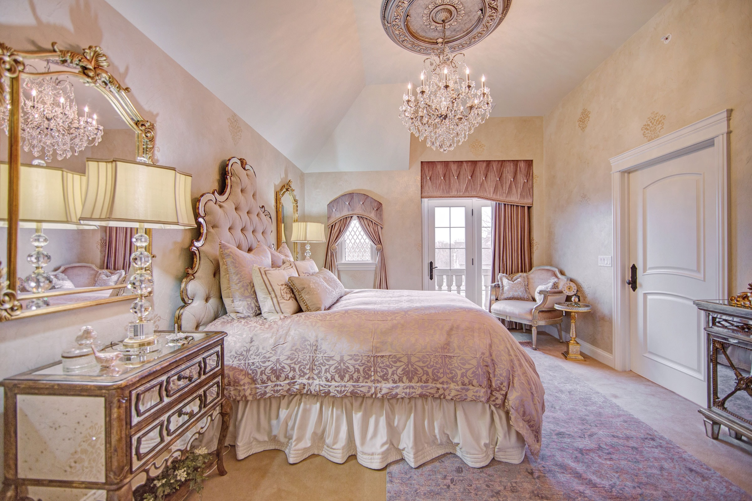 Luxury-Girls-Bedroom-Interior-Design on Beautiful Rooms For Teenage Girls  id=19259