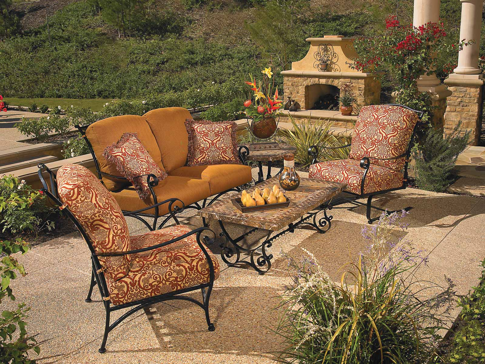 Luxury Outdoor Furniture Set Fireplace