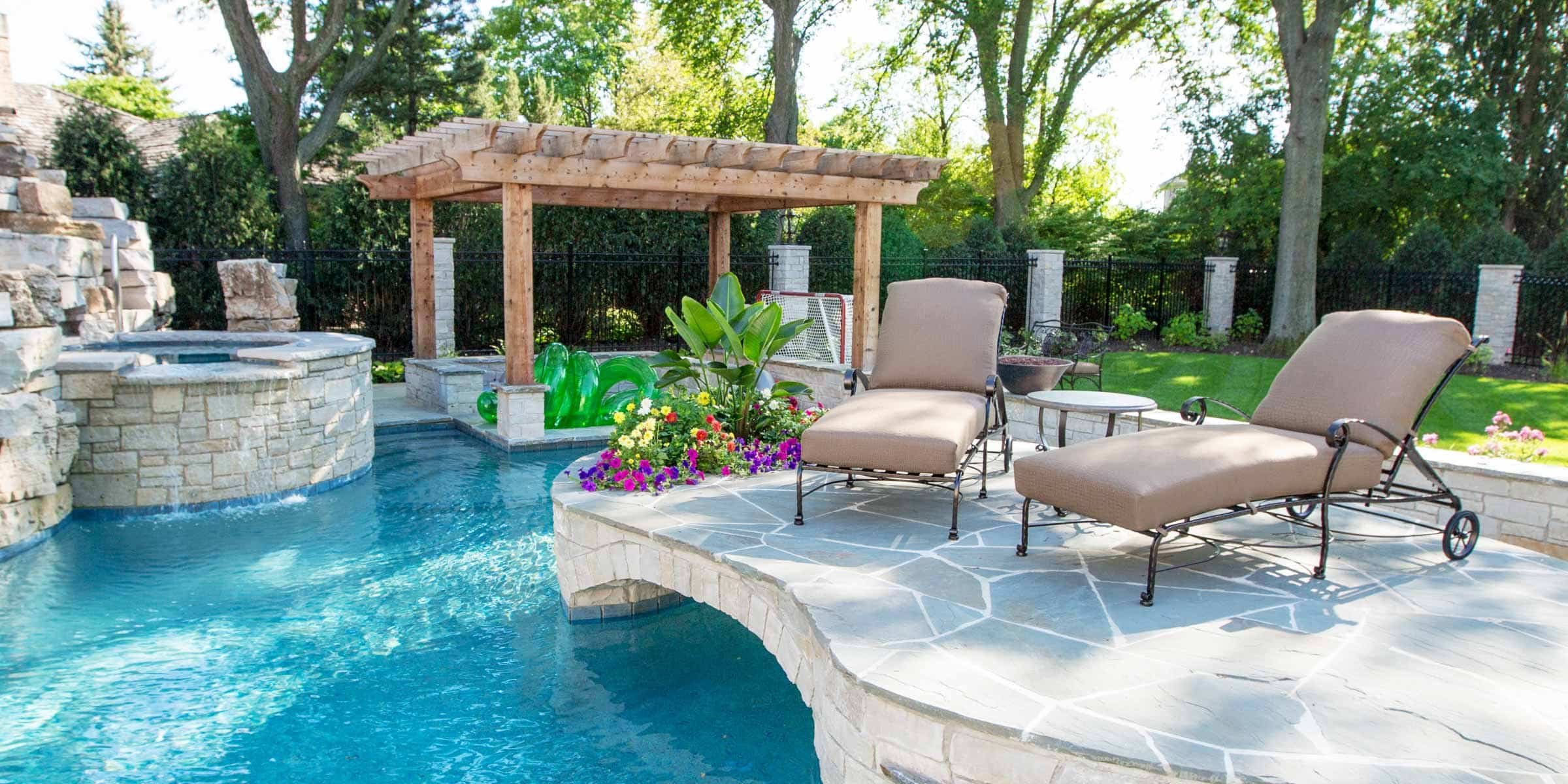 Delicieux Outdoor Pool Lounge Chairs Designs