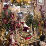 one-of-a-kind-christmas-flowers-and-decorations