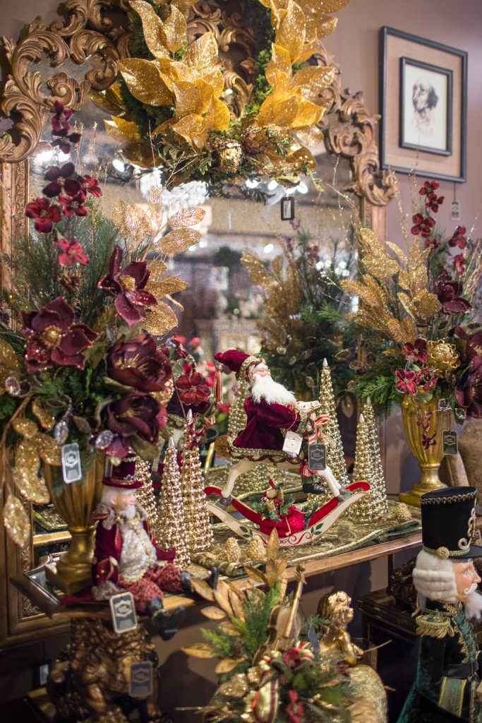 One Of A Kind Christmas Flowers And Decorations