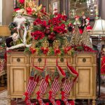 luxury-christmas-floral-arrangements-and-decor