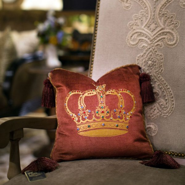 , Beautiful Linens and Pillows to Finish Your Home