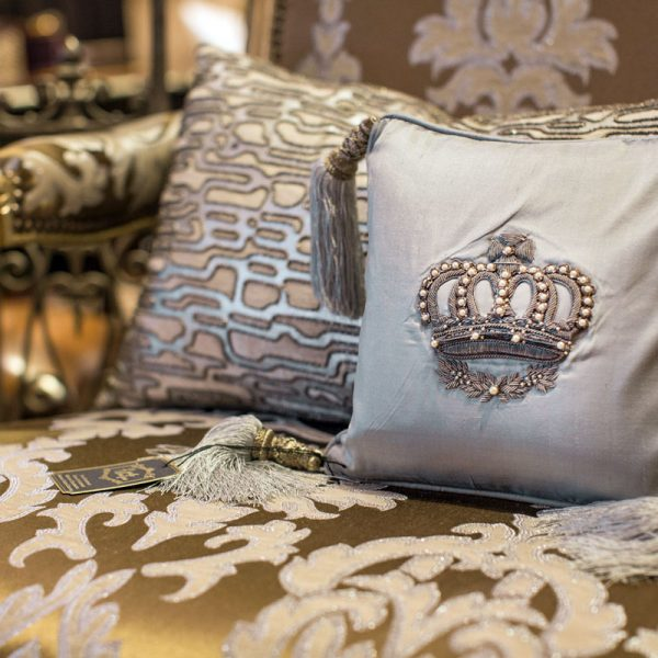 Beautiful luxury pillows 5