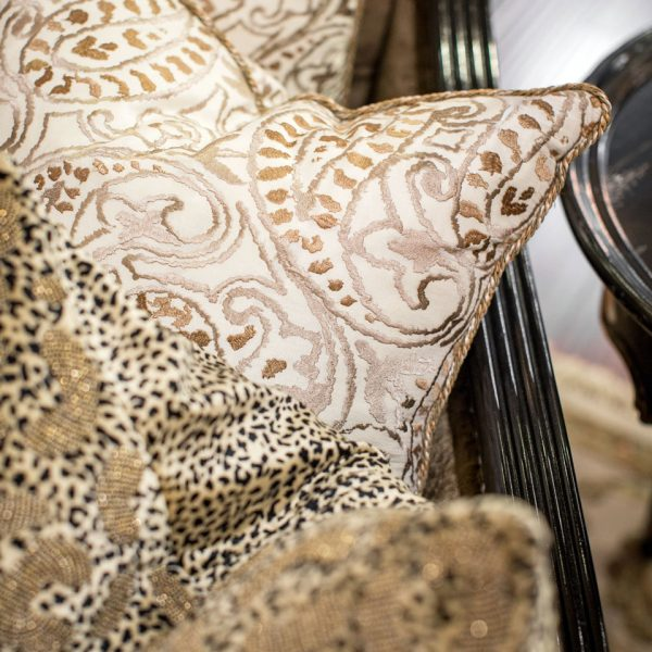 Beautiful luxury pillows 6