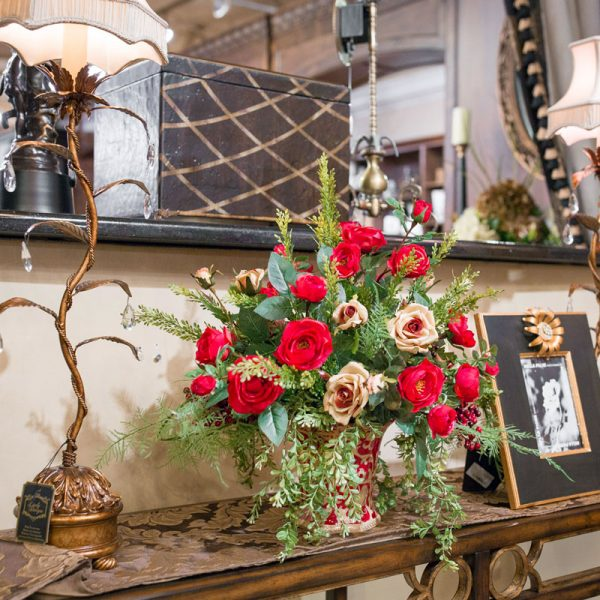 , Custom Silk Floral Arrangements to Finish Your Home