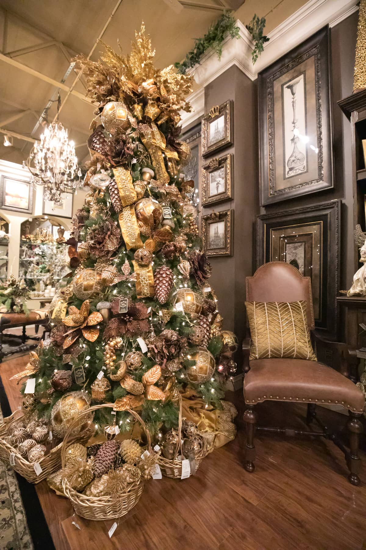 Luxurious Christmas Decorations For The Home