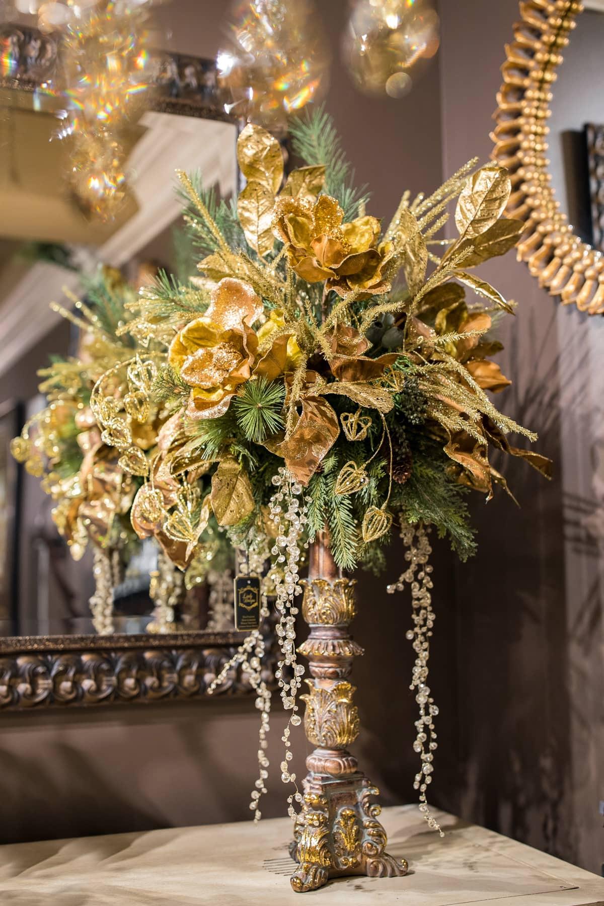 Gold Christmas floral arrangements 2