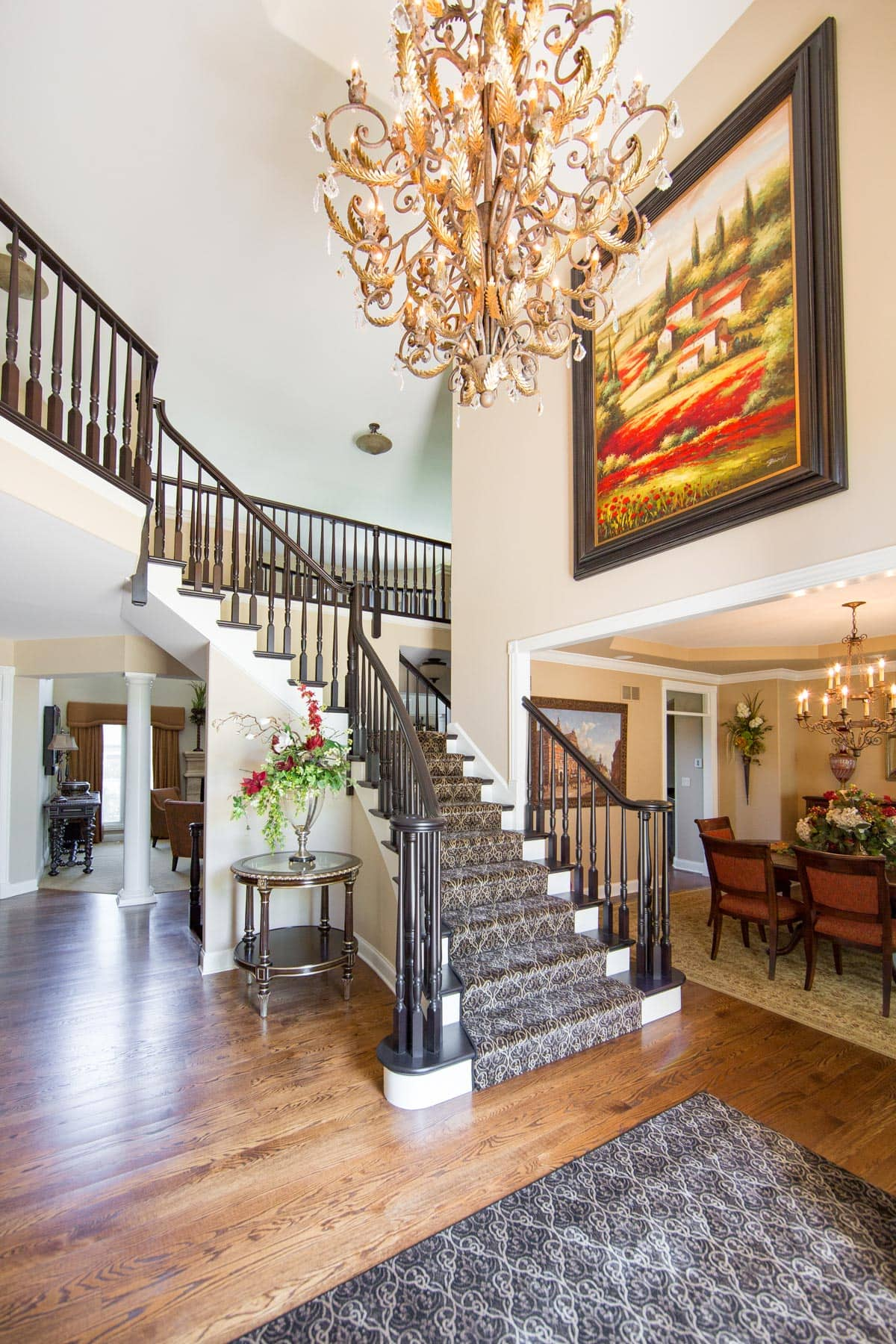 Luxury Home Foyer Decor and Furniture 7