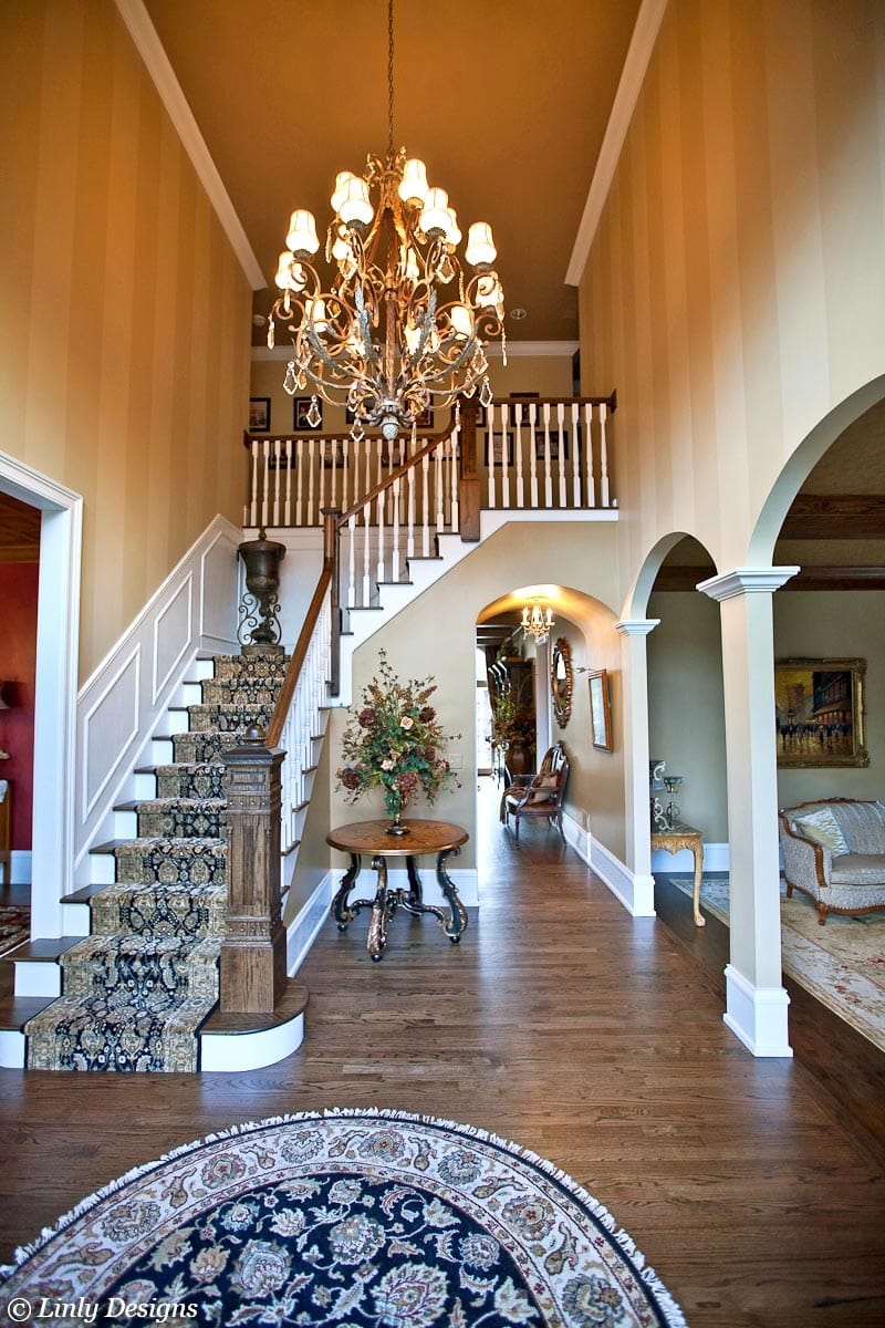 Luxury Home Foyer Decor and Furniture 8