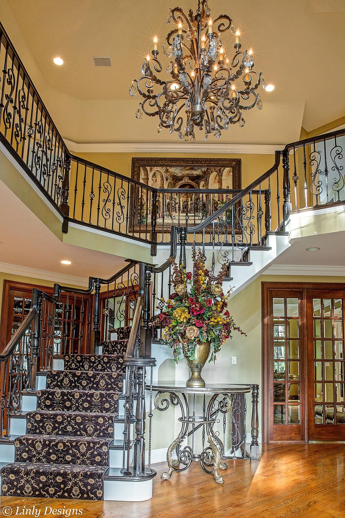 Luxury Home Foyer Decor and Furniture 9