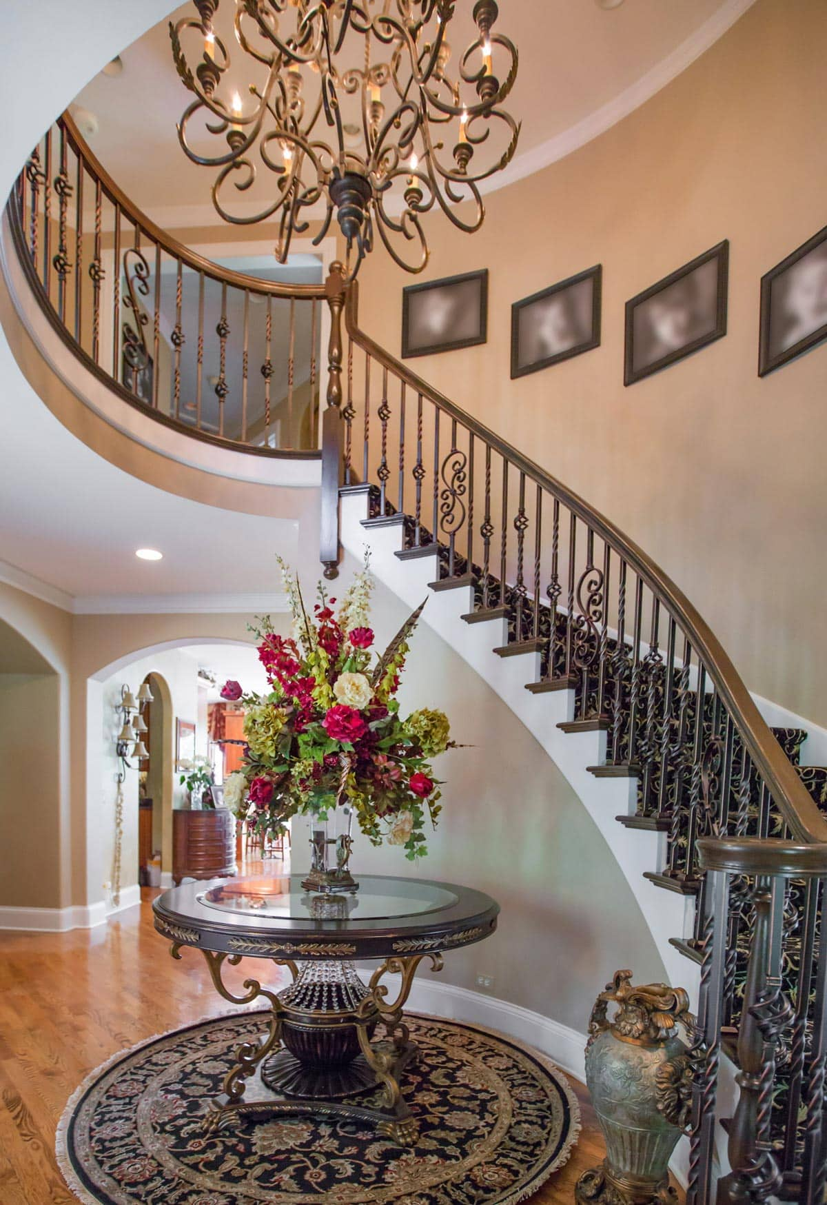Luxury Home Foyer Decor and Furniture