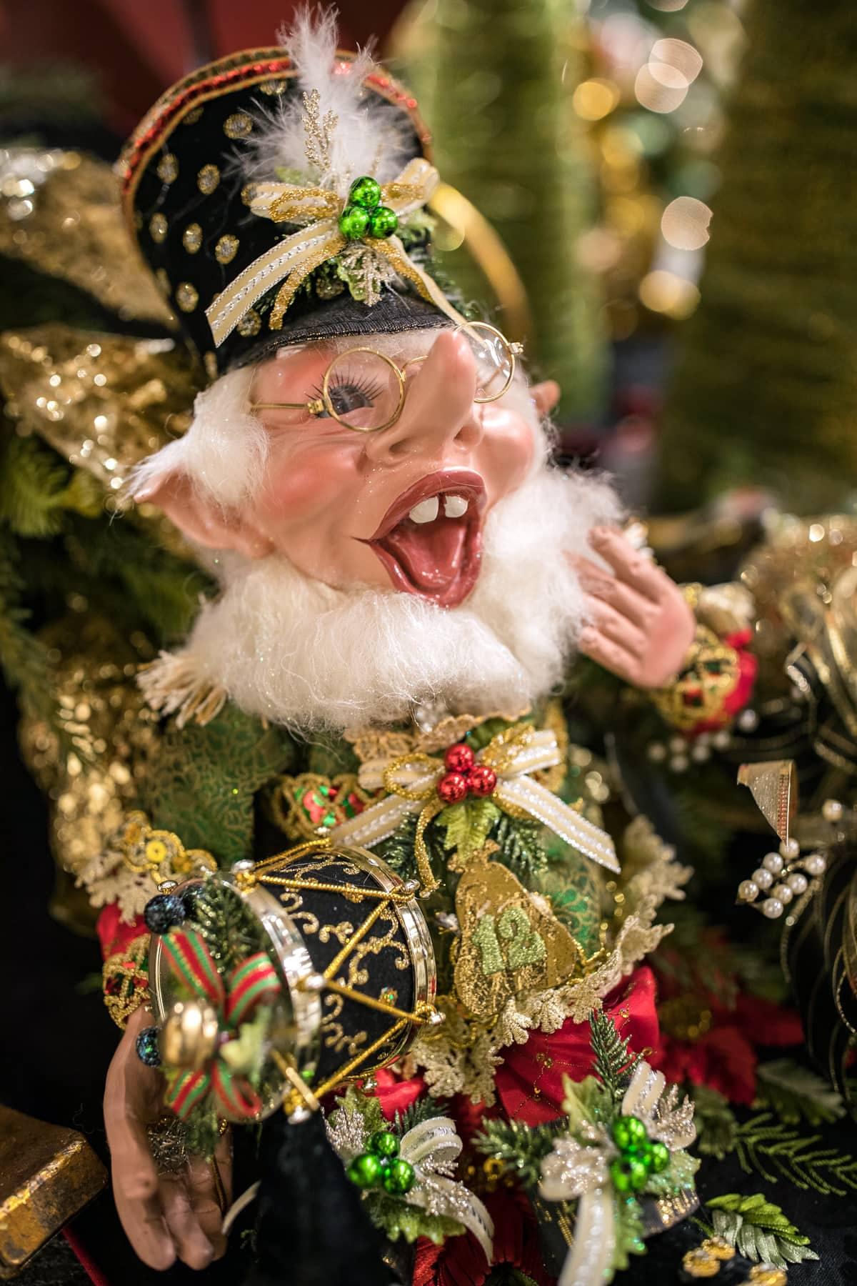 Mark Roberts Holiday Elves 3