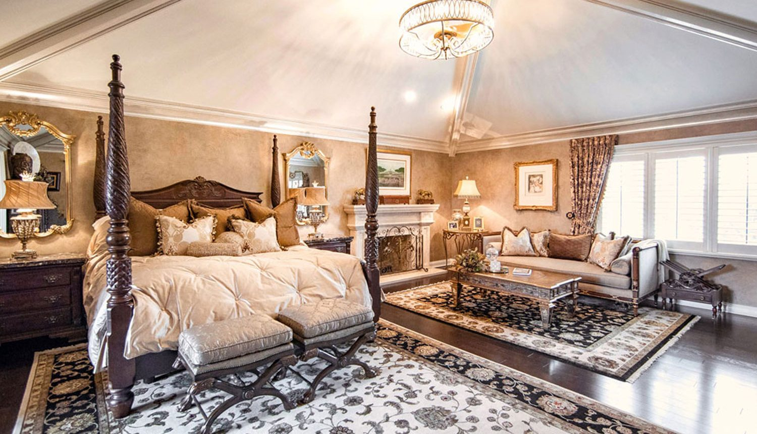 Master Bedroom Luxury Interior Design