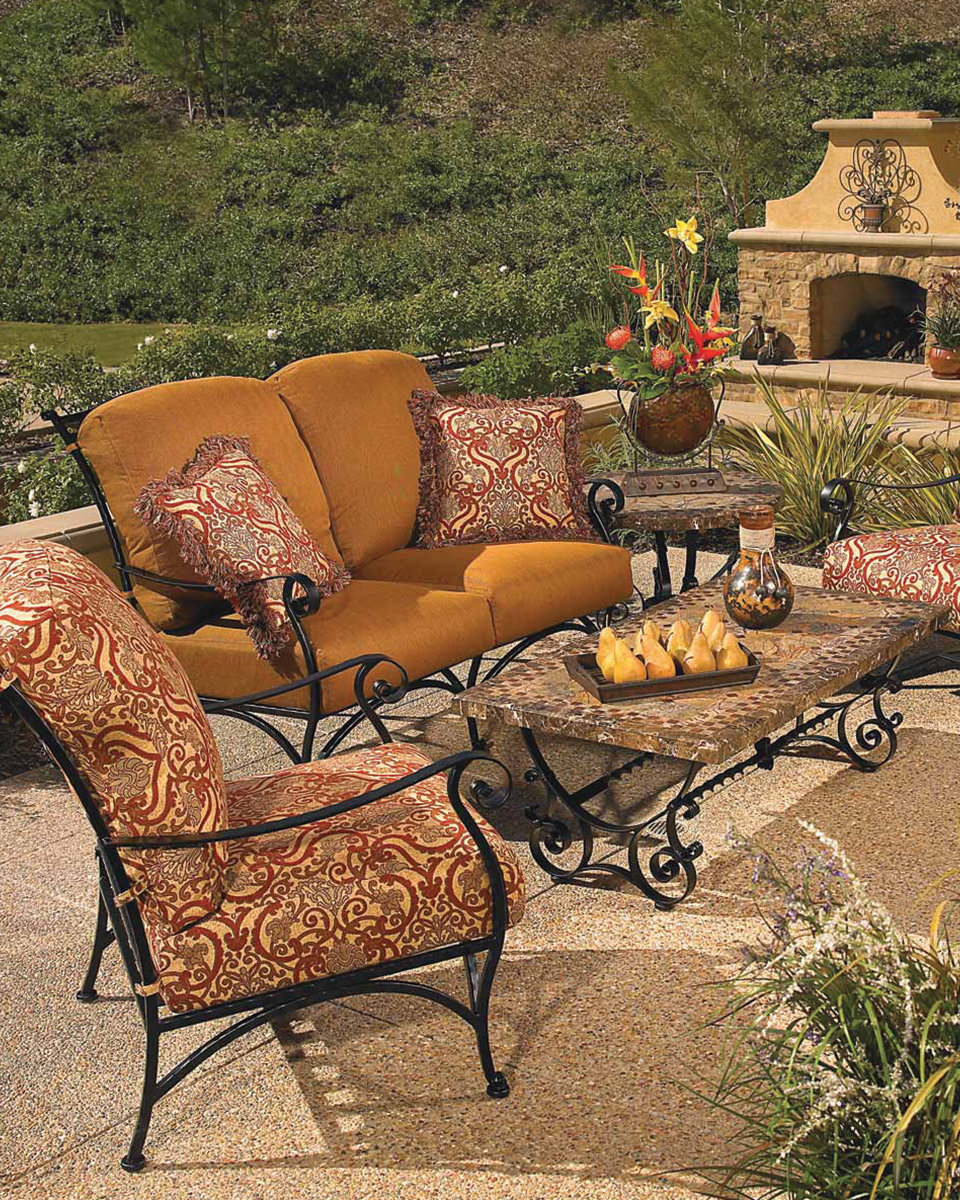 Linly-Designs-Luxury-Outdoor-Furniture
