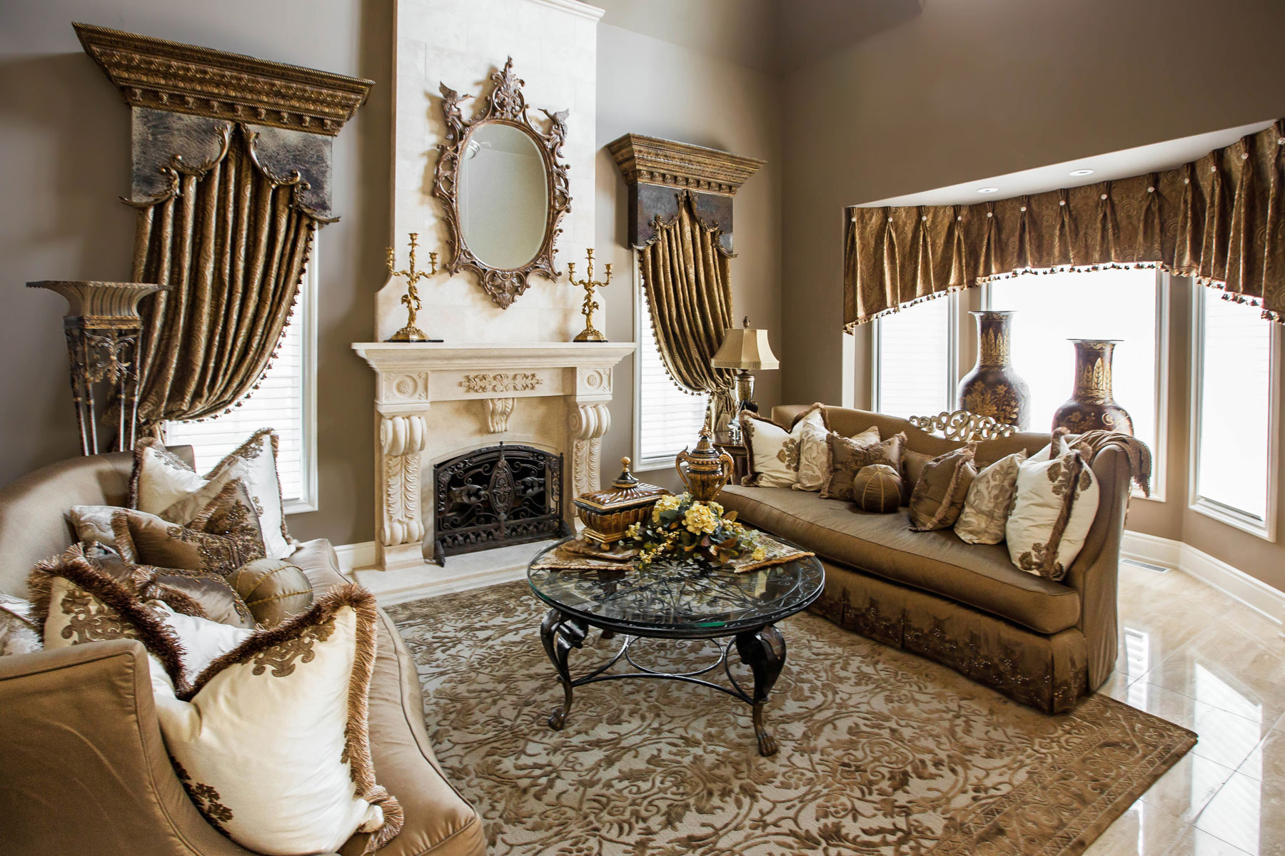 Living Room and Family Room Design - Linly Designs