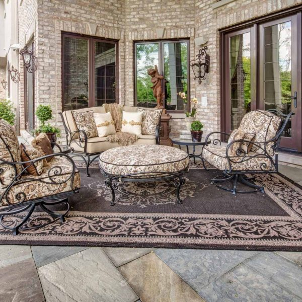 Our Design Team is Ready to Assist you! - Luxury Outdoor Furniture - Linly Designs