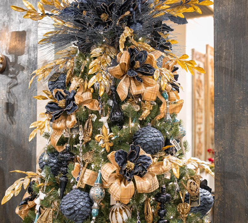 Luxury Christmas Tree Decoration and Toppers