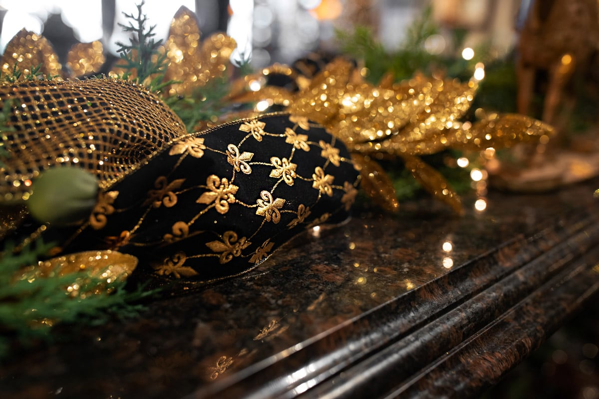 Black and Gold Holiday Decor