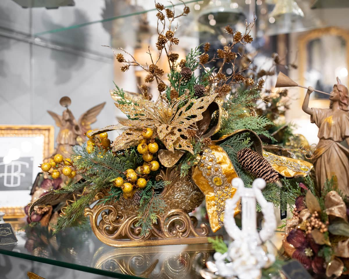 , Handcrafted Holiday Floral Arrangements