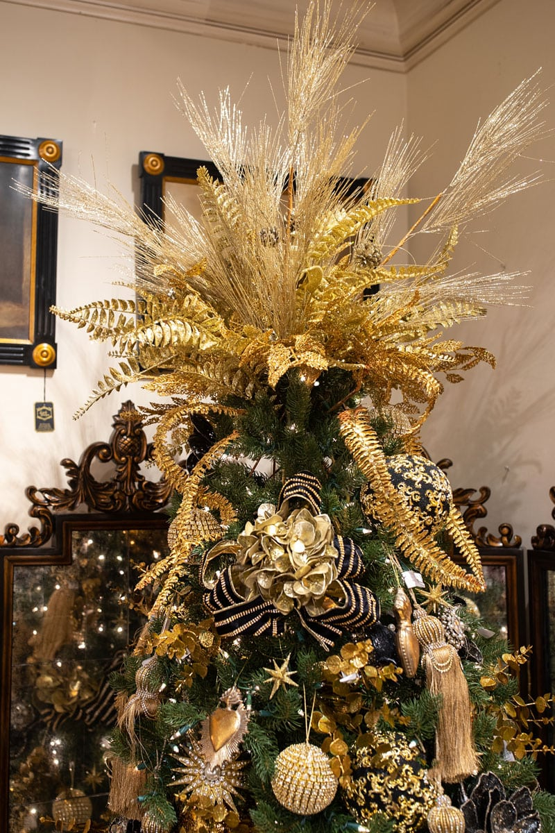 Black and Gold Christmas Topper