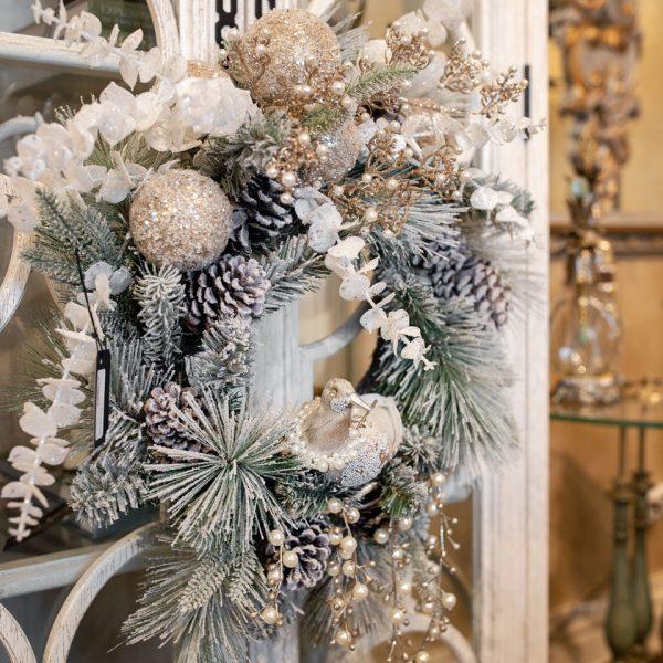 Luxury White Christmas Floral Wreath