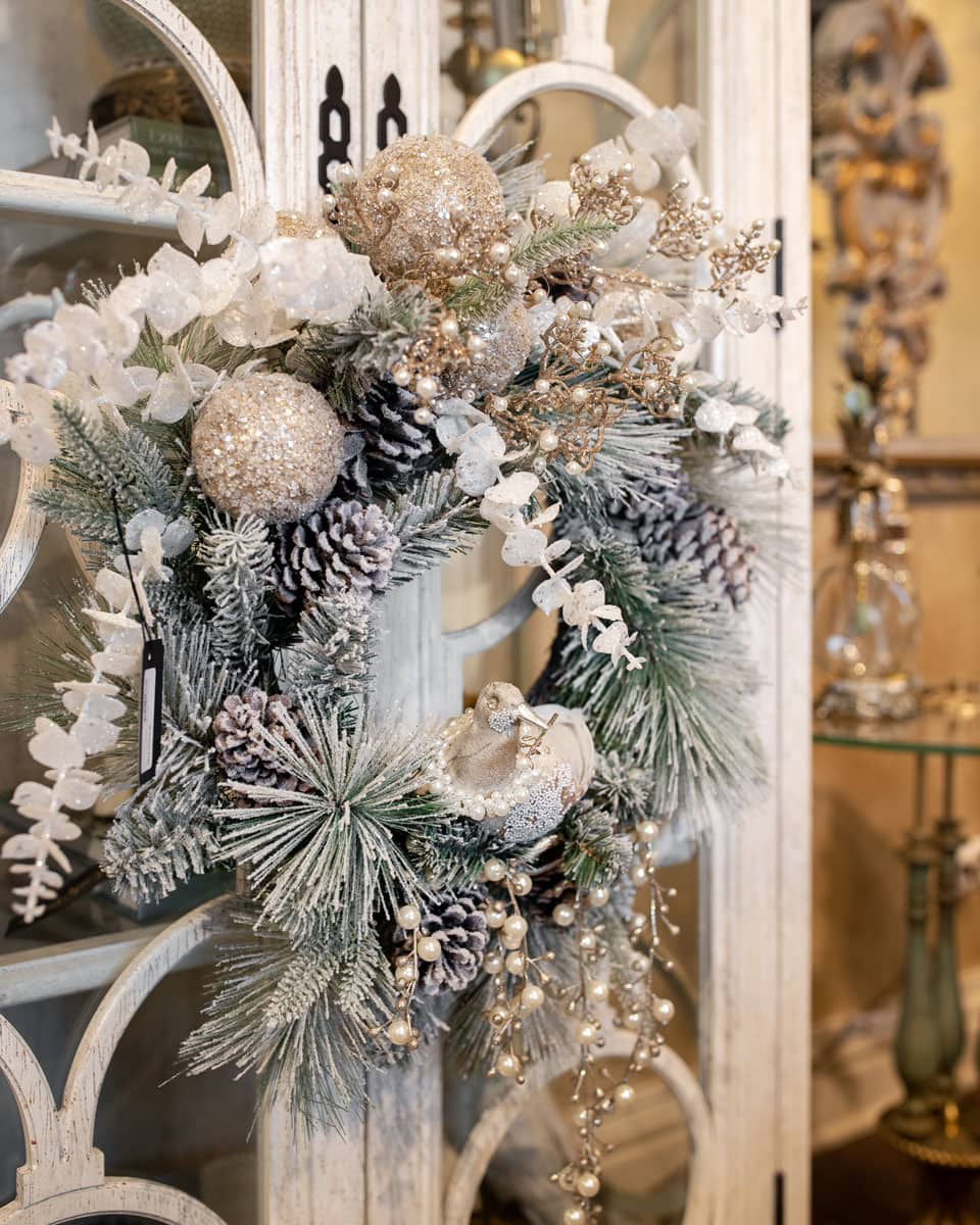 Luxury White Christmas Floral Wreath