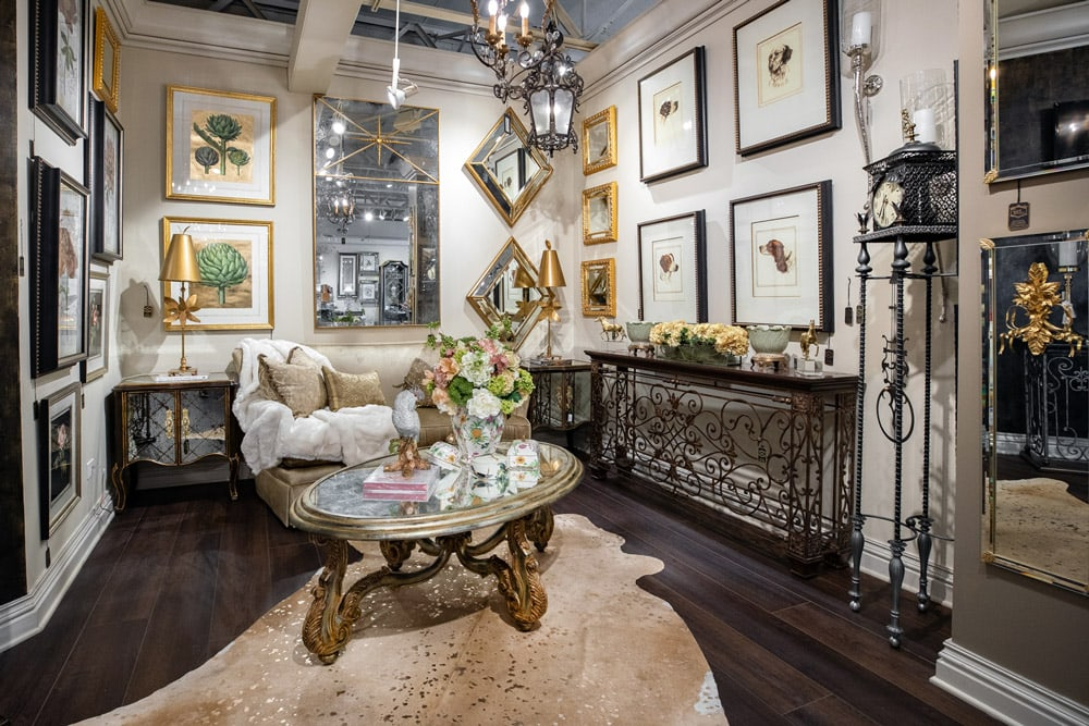 Gold-Luxury-Living-room-Design-ideas-for-your-home