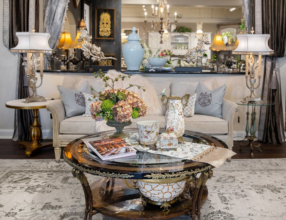 Luxury-Cocktail-Table-Setting-in-a-Living-Room