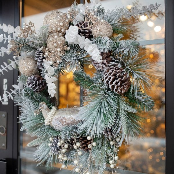 Handcrafted-Silk-Snow-Frosted-Christmas-Wreath