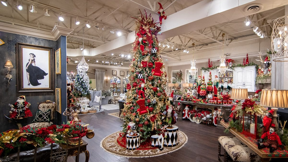 Where to buy luxury christmas decor and decorations in chicago