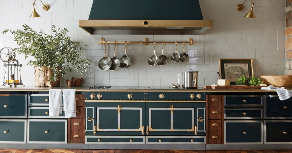 La-Cornue-Luxury-Emerald-Green-and-Gold-French-Kitchen-Range-Cooking-in-the-Oven-with-Stainless-Steel-and-Natural-Wood-cabinets