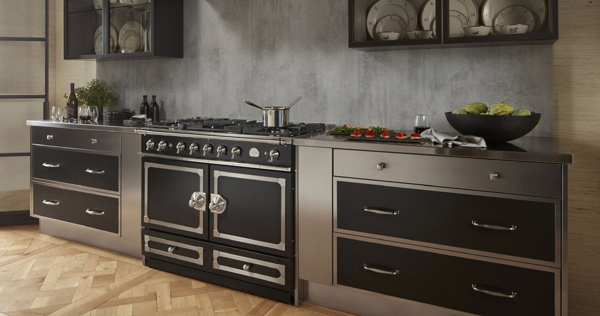La Cornue Cornufe 110 Albertine Luxury Kitchen Stoves and French Ranges in Black and Stainless Steel