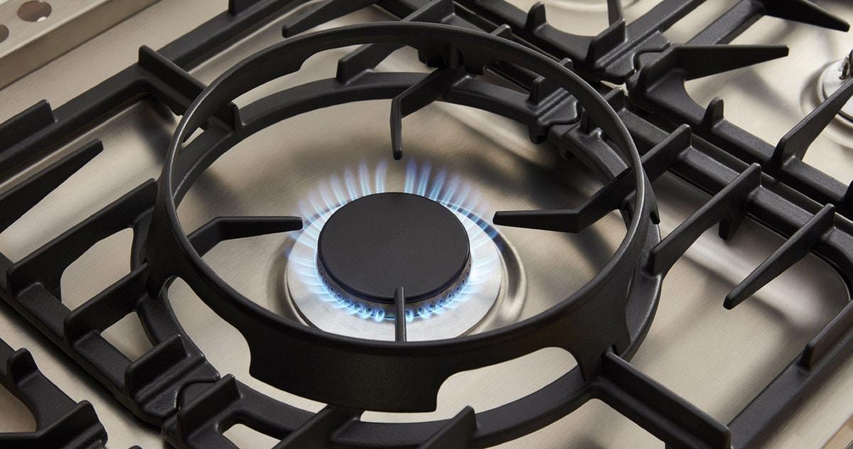 La-Cornue-Luxury-Kitchen-Stove-Gas-Burners