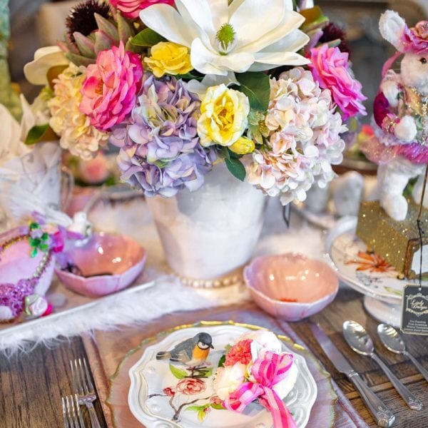 Pink-and-White-Custom-Spring-Tablesetting