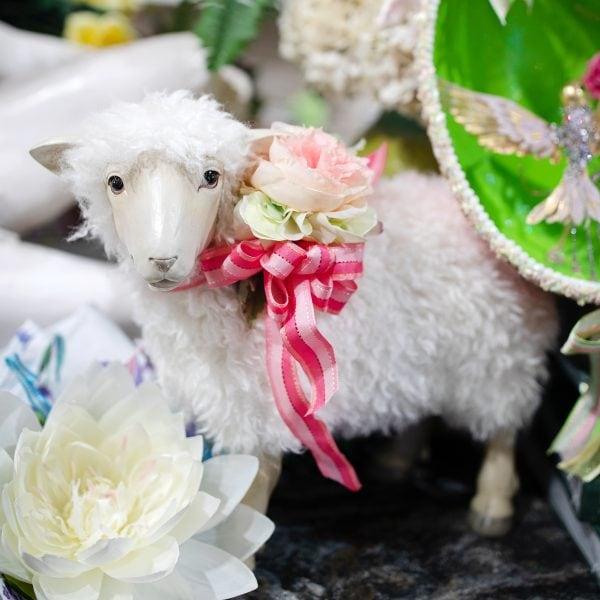 White Luxury Pink Ribboned Decorated Spring Lamb