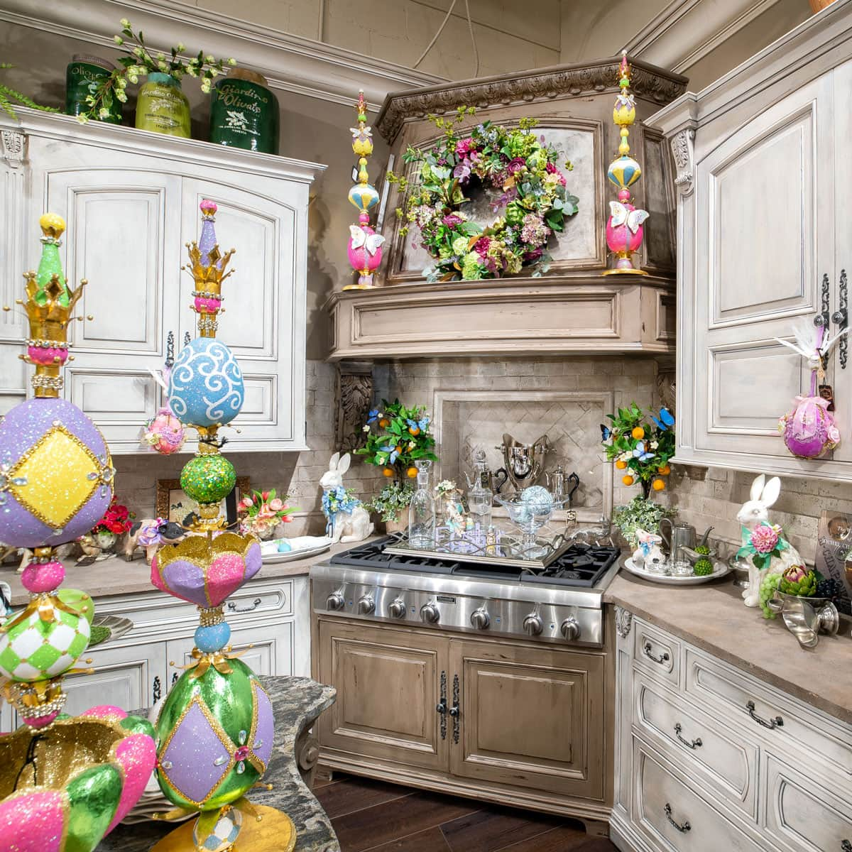 Spring-Kitchen-Hood-Decorating-Ideas-1×1